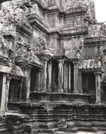 Elvira Piedra: Angkor Wat, 2002